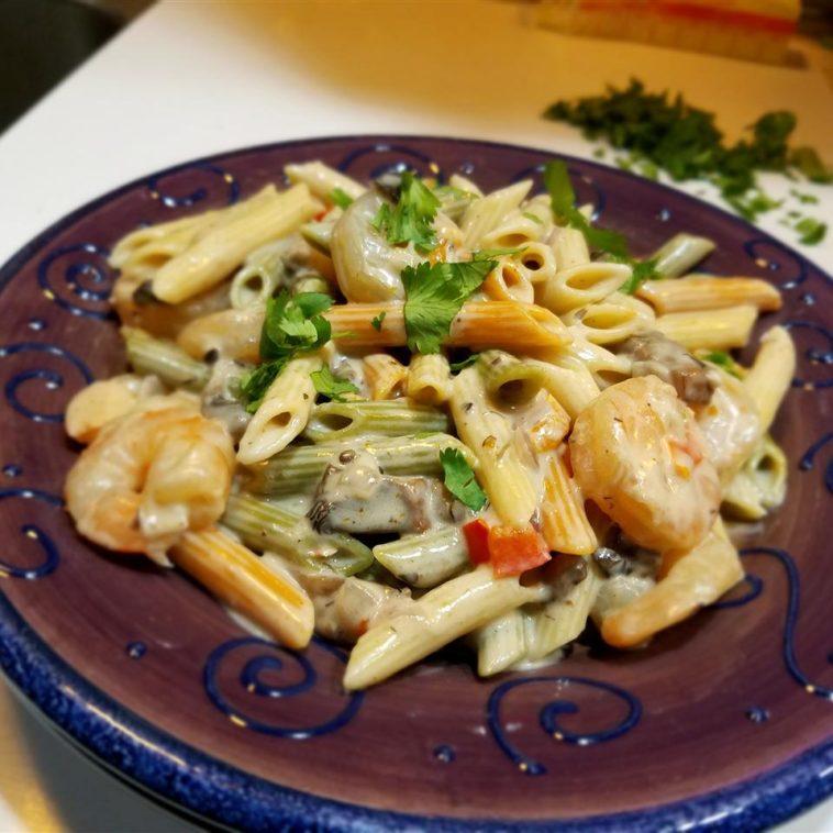 Peppered Shrimp & Pasta with Alfredo Sauce Recipe