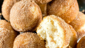 Yummy Churros Muffins Recipe - Recipes A to Z #easyrecipes #recipesaz #recipes easy churros recipe #churros #churrosrecipes #recipe easy muffins recipes for breakfast #muffins #muffinsrecipes easy breakfast recipes muffins #breakfast #breakfastrecipes easy muffins recipes desserts #desserts #dessert #dessertrecipes