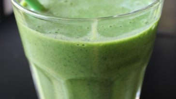 Kale and Banana Smoothie Recipe