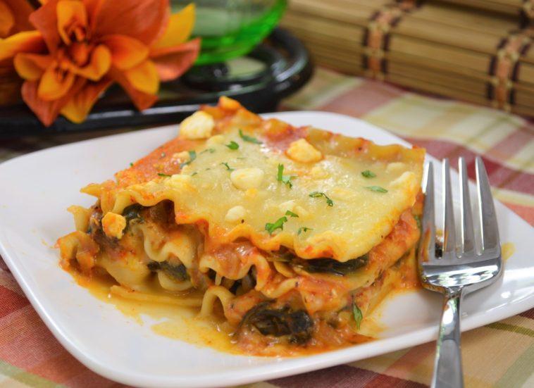 Artichoke Spinach Lasagna Recipe #artichoke #spinach #lasagna #artichokespinachlasagna #spinachlasagna #lasagnarecipe #recipes