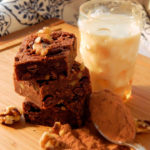 Awesome Passover Brownies recipe - Very chocolaty and fudgy brownies for Passover #passoverbrownies #passoverbrowniesrecipe #brownies #browniesrecipe #browniesrecipes #desserts #dessertsrecipes #chocolat #chocolaterecipes