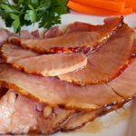 Baked Ham with Glaze Recipe - this is one of the best easter recipes #bakedham #bakedhamrecipe #bakedhamrecipes #ham #hamrecipes #recipes #easterrecipes #easter #halloween