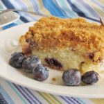 Sour Cream Blueberry Coffee Cake Recipe - This is a spin on traditional coffee cake #cream #blueberry #coffeecake #cake #cakerecipe #coffeecakerecipe #blueberrycake