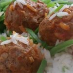 Slow Cooker Porcupine Meatballs With Peppers Recipe