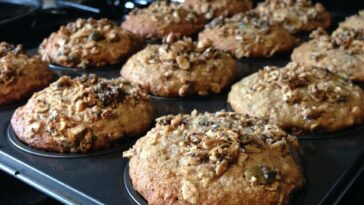 Banana Oat Muffins with Sour Cream Recipe