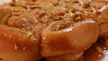 Overnight Caramel Pecan Rolls Recipe - how to make Overnight Caramel Pecan Rolls Recipe #overnight #caramel #pecan #rolls #recipe #pecanrolls #caramelrolls #caramelrecipe #pecanrecipe #dessert #dessertrecipe #dessertrecipes #recipes #christmas #easter #christmasrecipes #easterrecipes