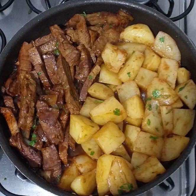 Garlic Butter Steak and Potatoes Skillet Recipe